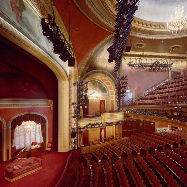 American Airlines Theatre,アメリカンエアライン劇場